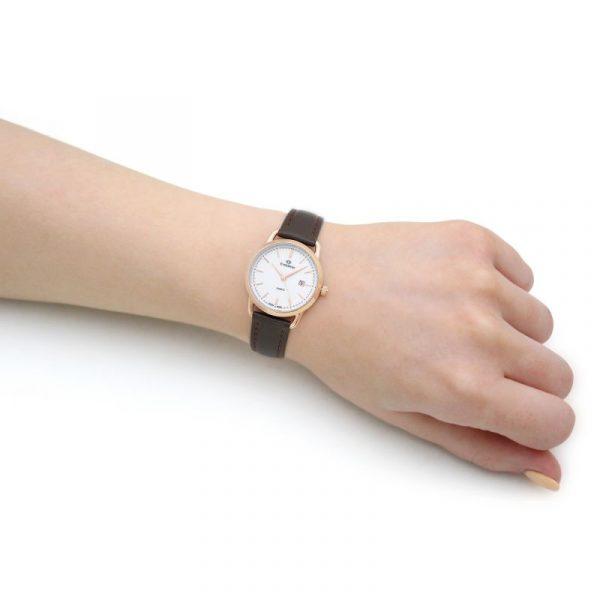 1698-LLRW 02 wristshot